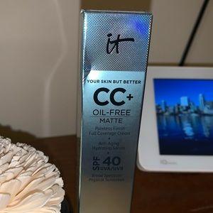 IT Cosmetics Matte  CC cream - Light